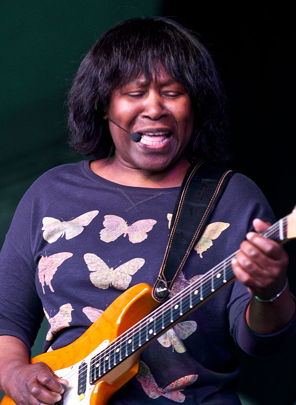 Joan Armatrading Quotes: Get Ready To ROCK! Review Of Acoustic Festival Of Britain